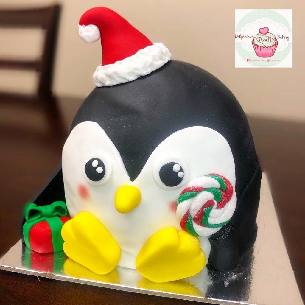 Christmas penguin fondant cake