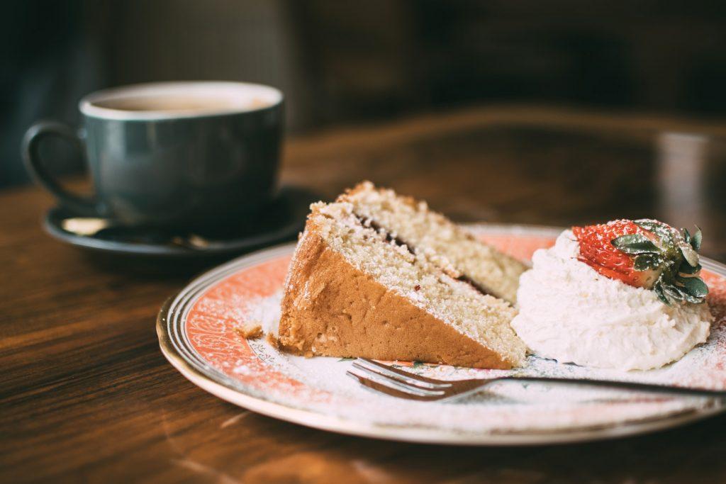 angel food cake slice with jam